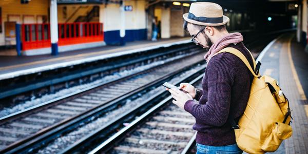 Asistentes virtuales chatbots turismo